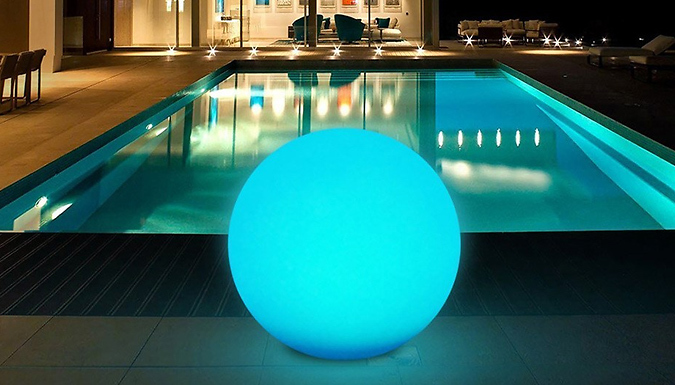 Multi-Coloured Outdoor Ball Light With Remote – M, L or XL (£13.99)