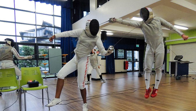 Fencing: 4-Week Course or 3-Hour Workshop - London
