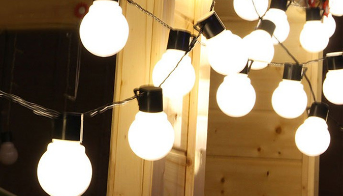 Image of 2.5m Solar-Powered String Lights - 1 or 2