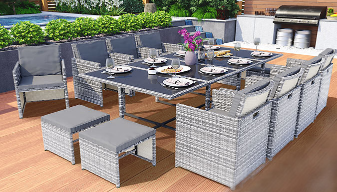 'Vegas' 13-Piece Rattan Cube Dining Set With Cover – 3 Colours (£469)
