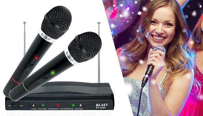 Pro Dual Cordless Microphone Set