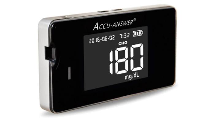 4-in-1 'Accu-Answer iSaw' Digital Glucose & Total Cholesterol Monitor