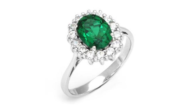 18K White Gold 2.5ct Emerald Ring
