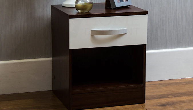 Hulio Bedside Cabinet or Chest of Drawers - 5 Sizes & 4 Colours from GoGroopie