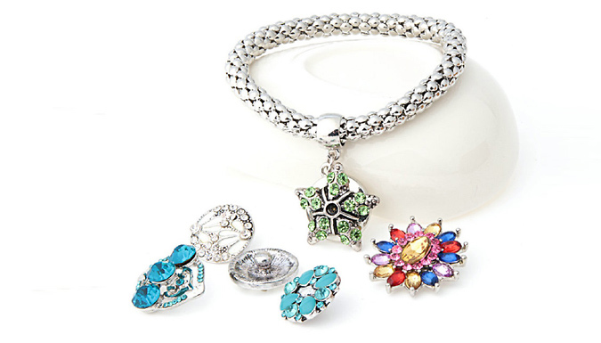 Interchangeable Snap Bracelet with 5 Charms - Silver or Gold
