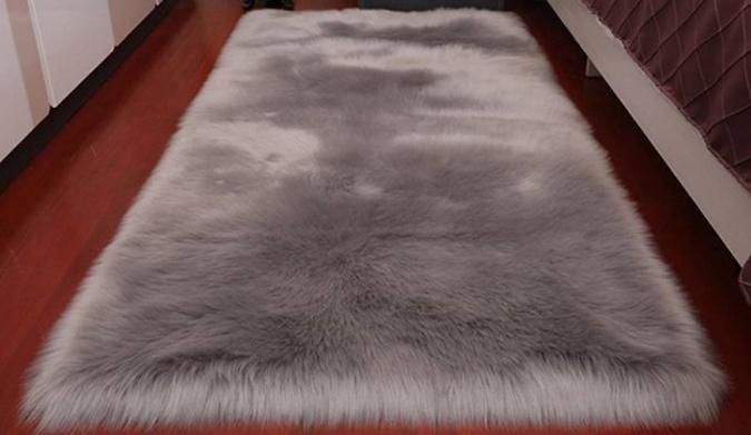 Soft & Fluffy Faux Fleece Warm Carpet - 5 Sizes