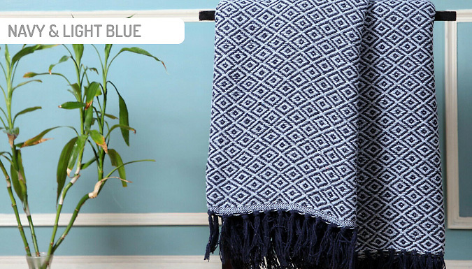 100% Cotton Woven Geometric Throw - 6 Colours & 4 Sizes